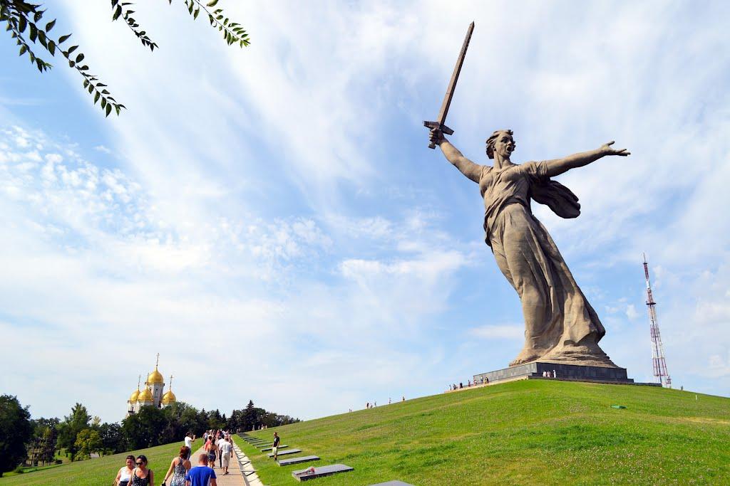 Chemarea Patriei, un monument grandios