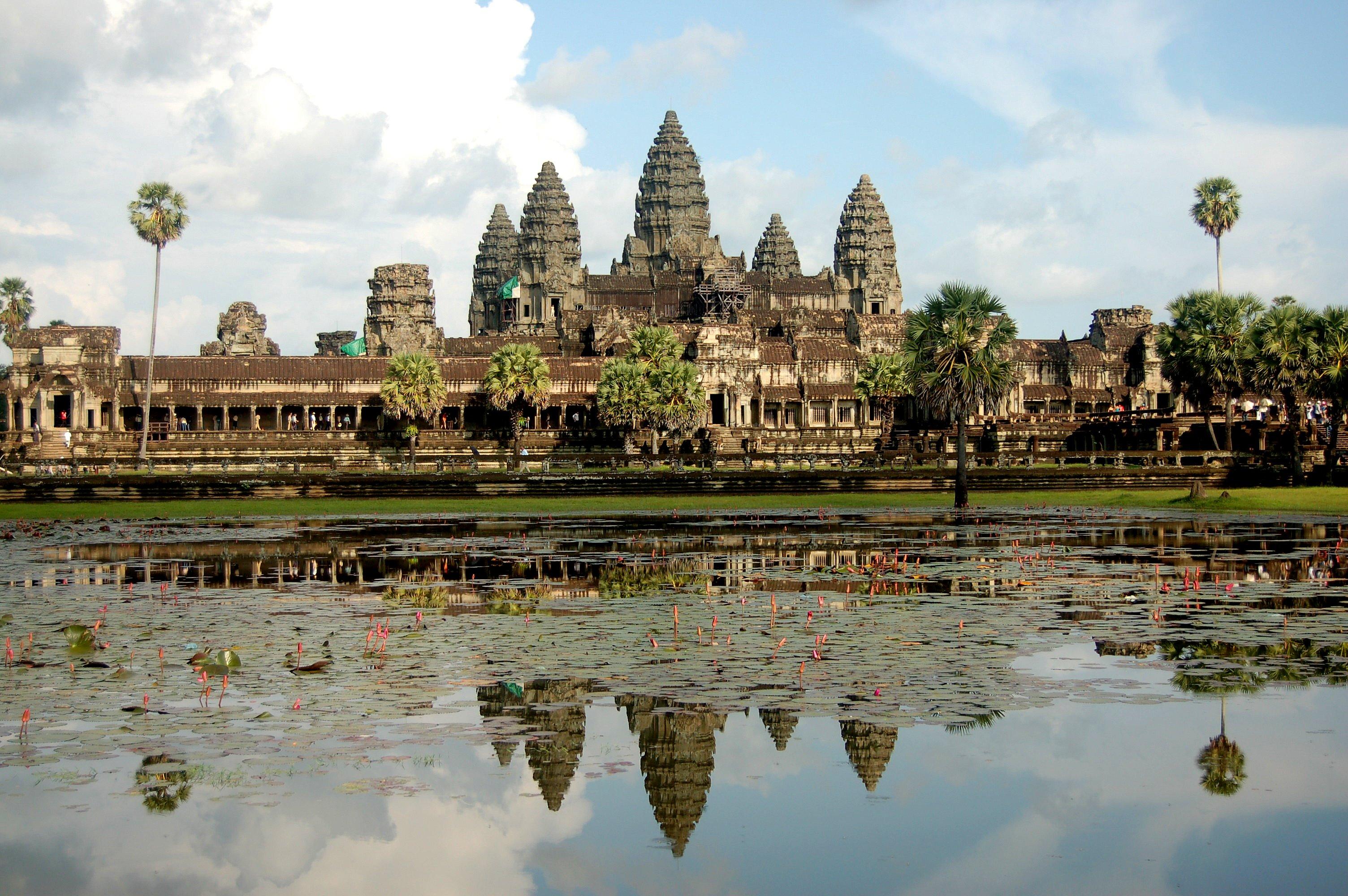 Angkor Wat, copia hambarului lui Indra.