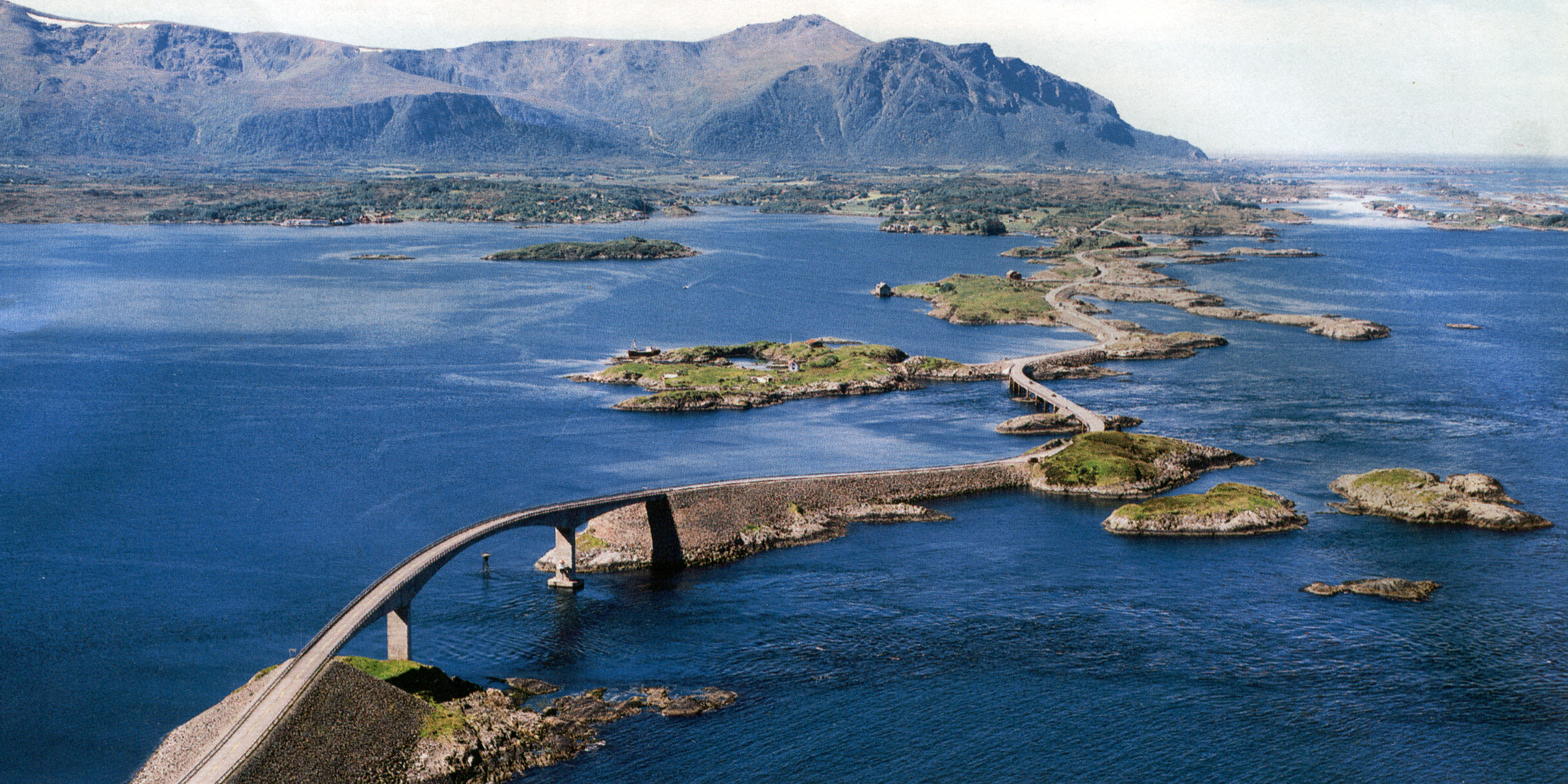 Atlantic Road.Norvegia