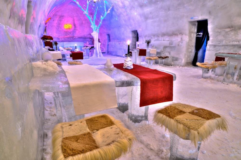 Barul Hotelului de Gheaţă Bâlea Lac