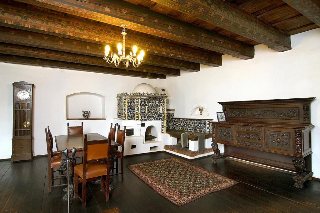 Castelul Bran, camera de mese