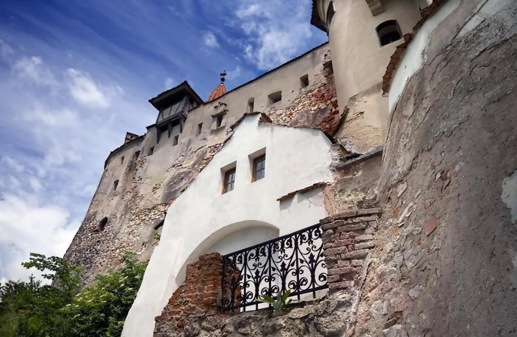 Castelul Bran, detaliu lateral