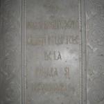 Mausoleul de la Mărășești, placă de marmură peste una din cripte