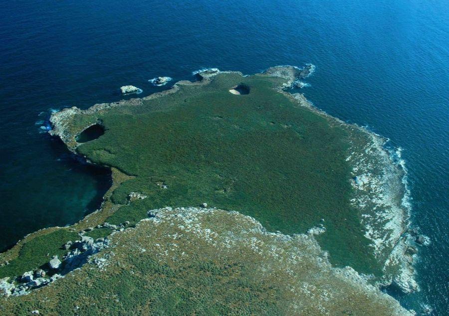Insulele Marieta şi Plajele Ascunse