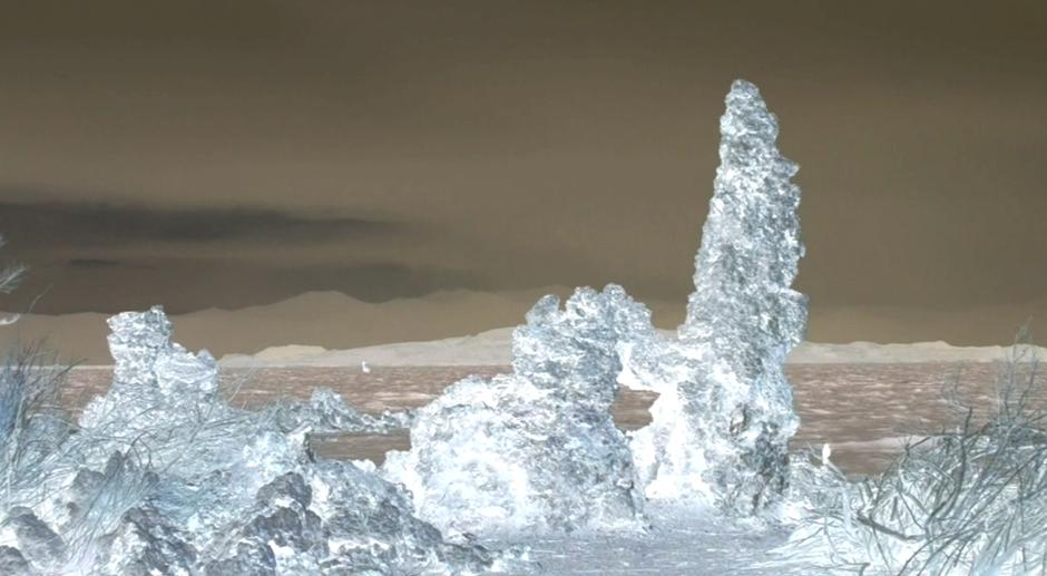 Lacul Mono, California în perioada iernii