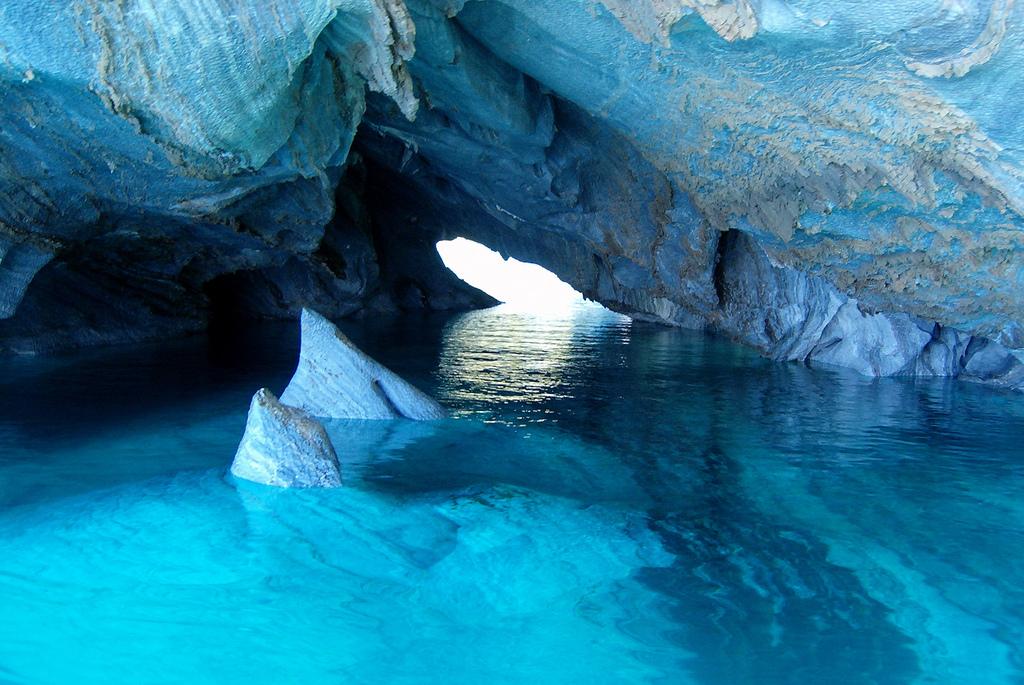 Peşterile de Marmură, Chile