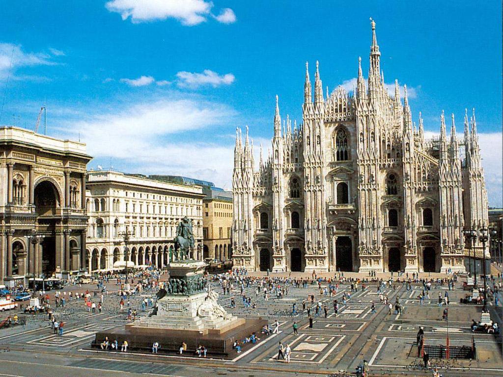Piaţa Centrală din Milano