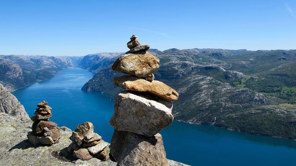 Stânci în Norvegia