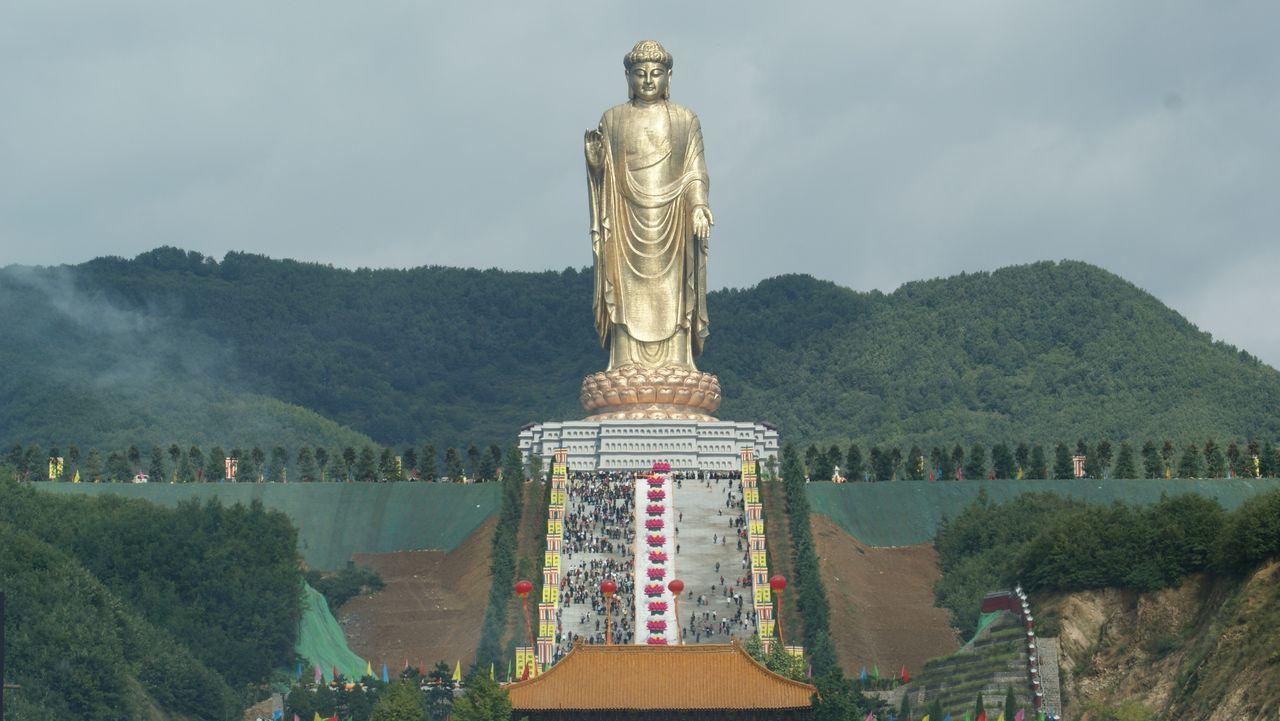 Templul Izvorului Buddha privire de ansamblu