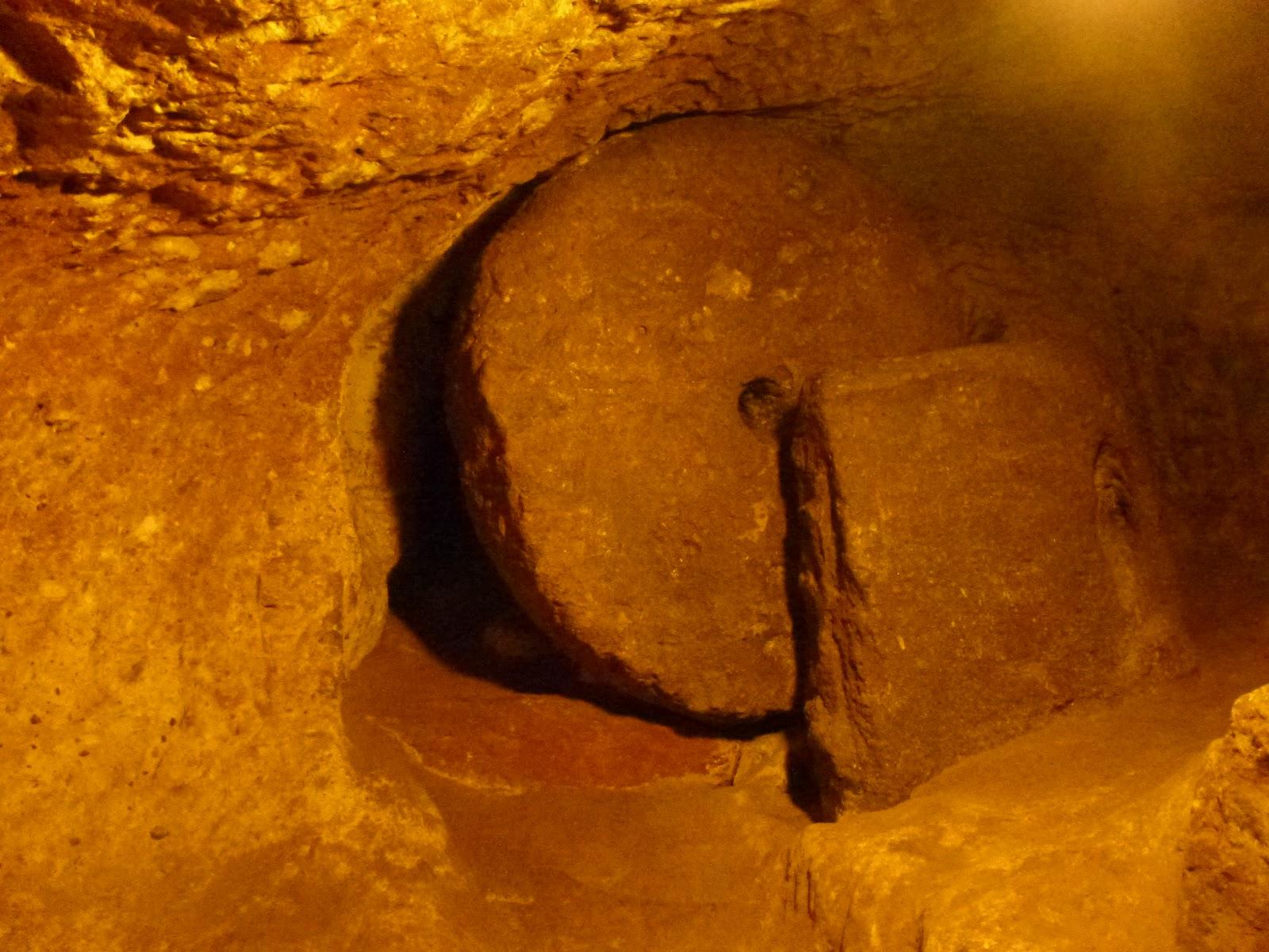 Ușa de piatră