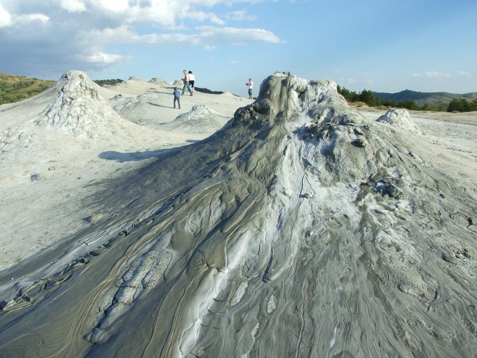 vulcanii-noroiosi 3