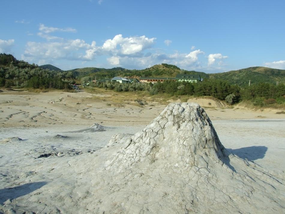 vulcanii-noroiosi 4