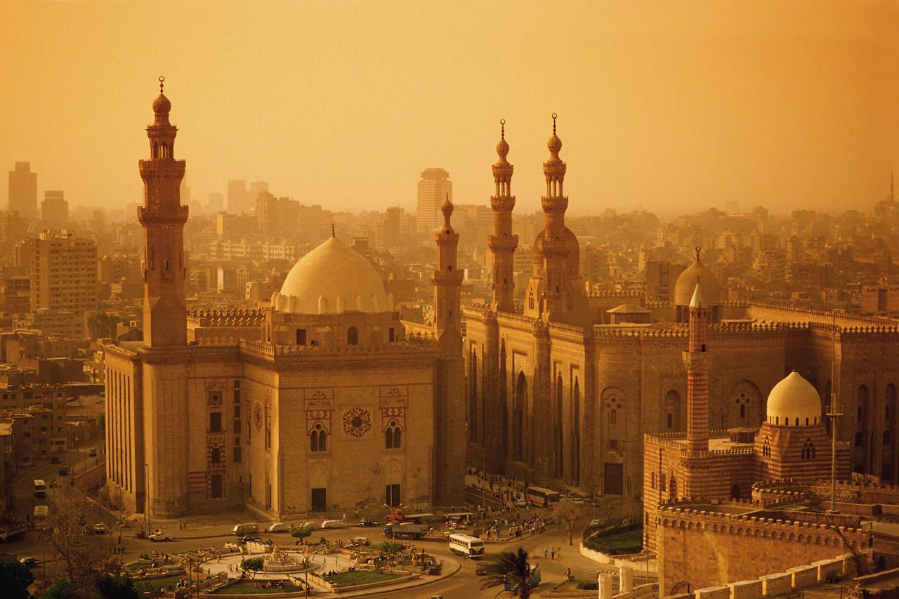 Cairo, oras al nisipului si al traditiilor