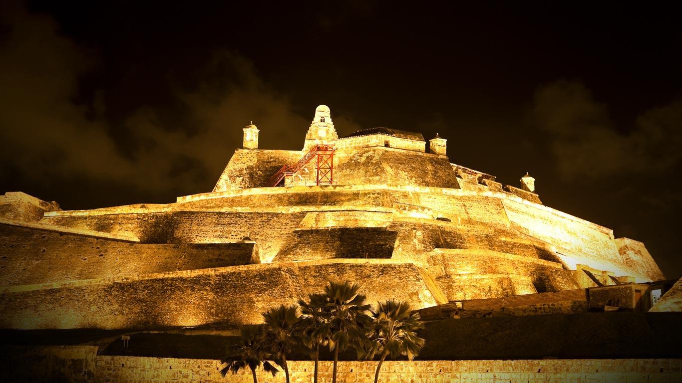 Castelul San Felipe este cu siguranţă una dintre cele mai bizare clădiri ale lumii