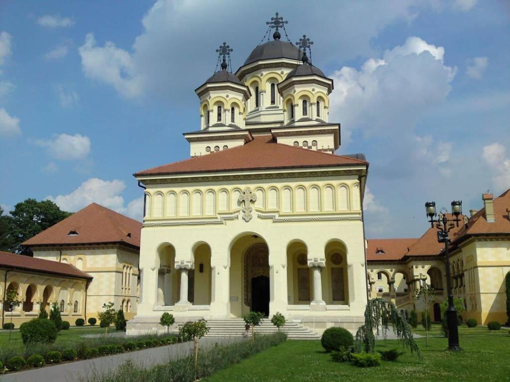 Catedrala reîntregirii din Alba Iulia