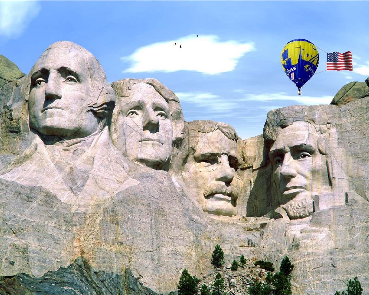 Cei patru şefi de stat ai SUA sculptaţi în roca Muntelui Dakota