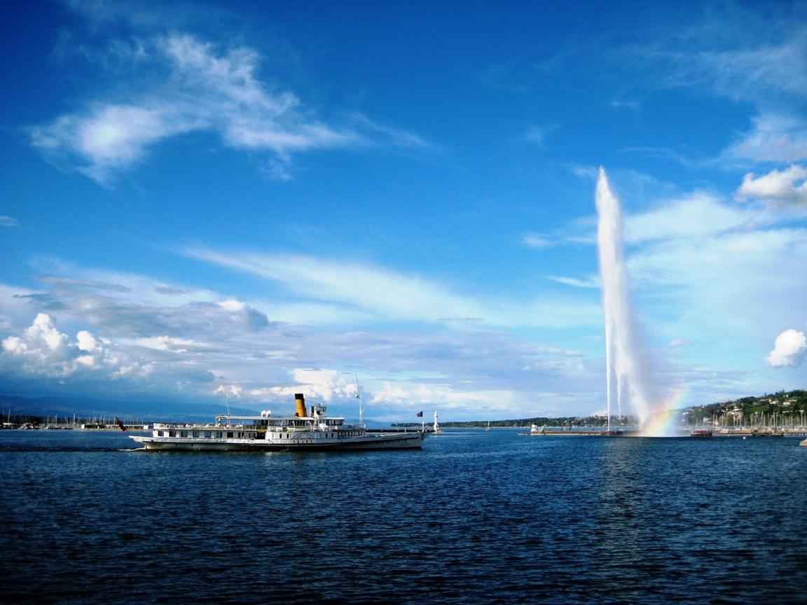 Croazierele pe Râul Rhone, în Geneva sunt o activitate plăcută şi relaxantă