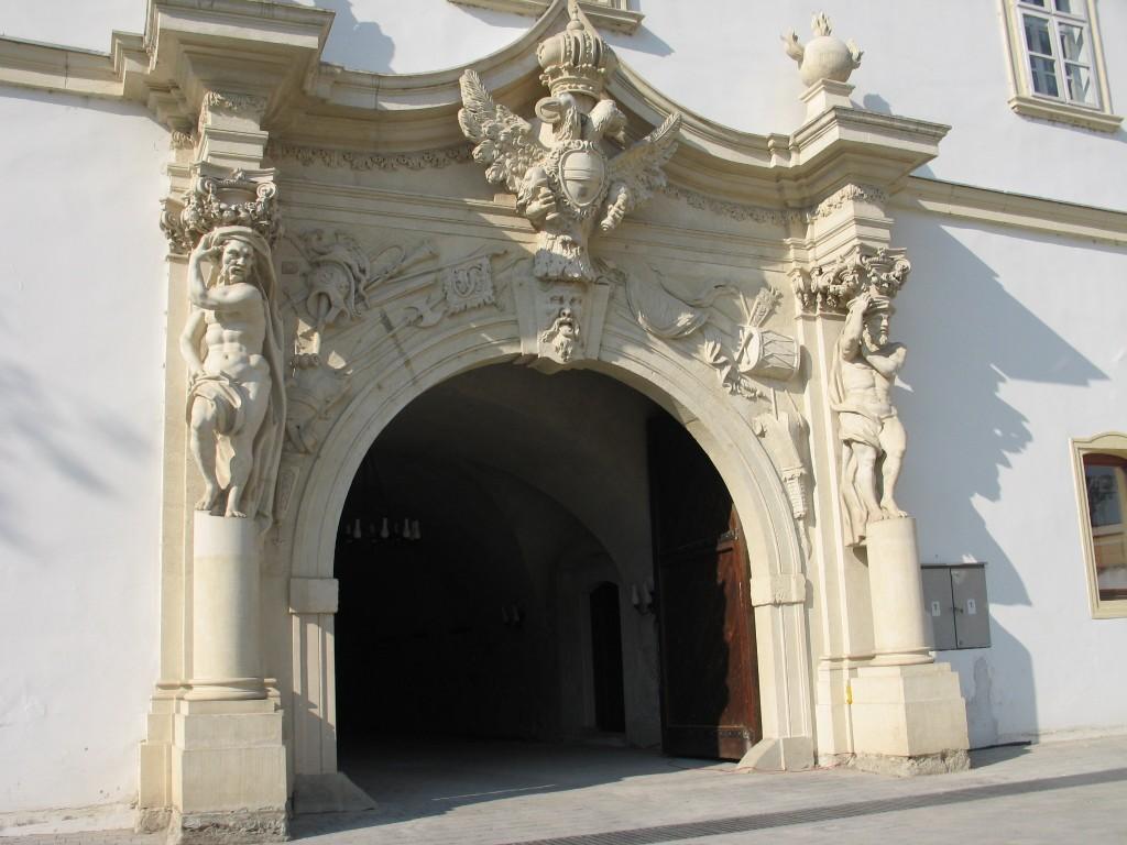 Decorațiune medievală în Alba Iulia, nimic neobișnuit aici