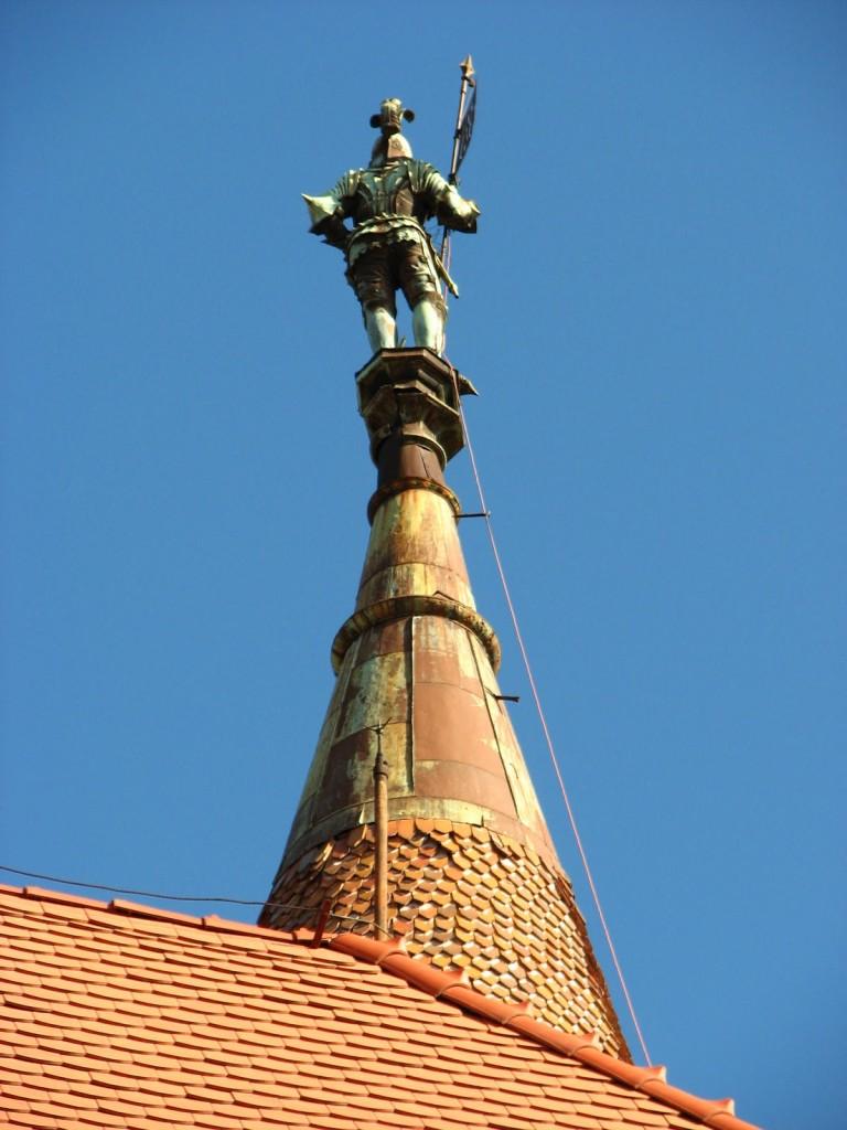 Detaliu din varful unui turn
