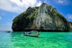 Insulele abrupte din Ko Phi Phi permit practicarea alpinismului