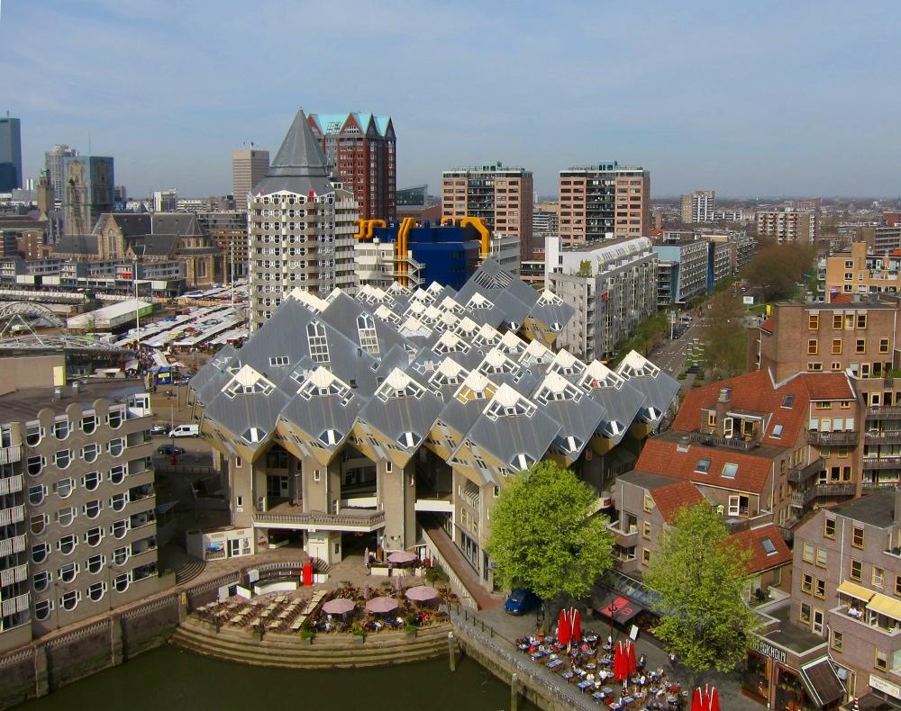 Kubuswoningen, clădire nonconformistă în Rotterdam