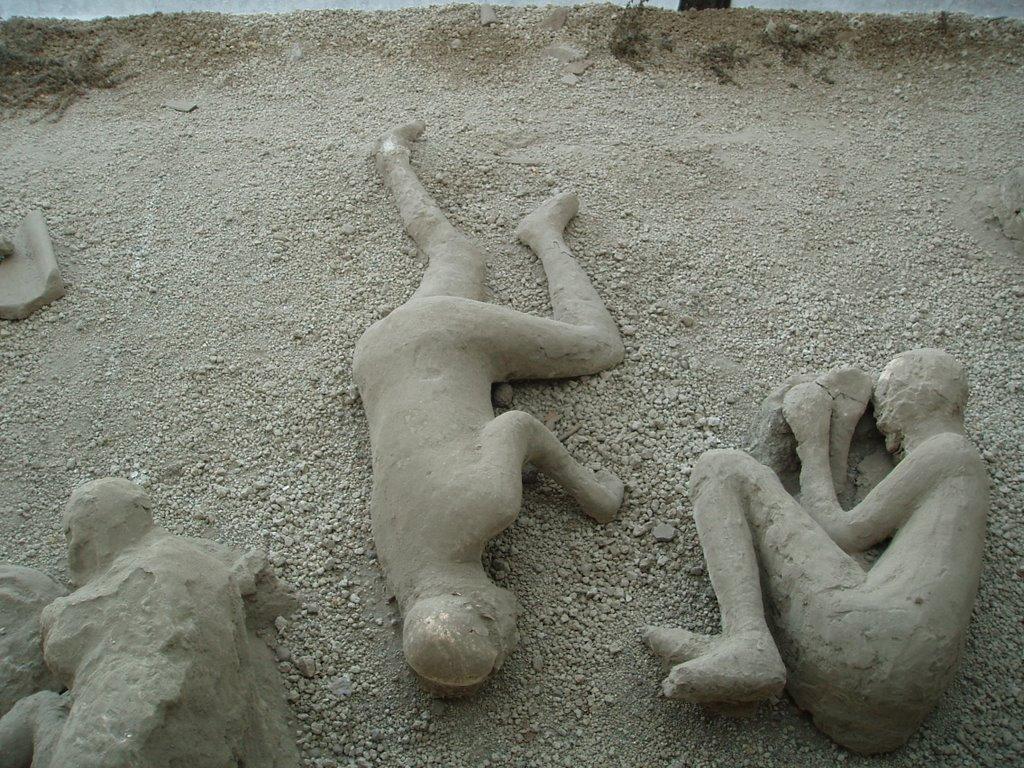 Locuitori din Pompeii împietriți în timp