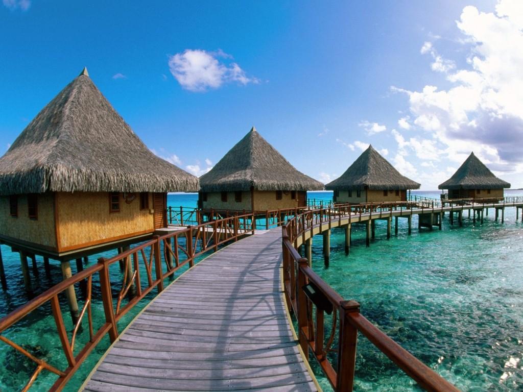 Mai multe bungalow-uri în Bora Bora