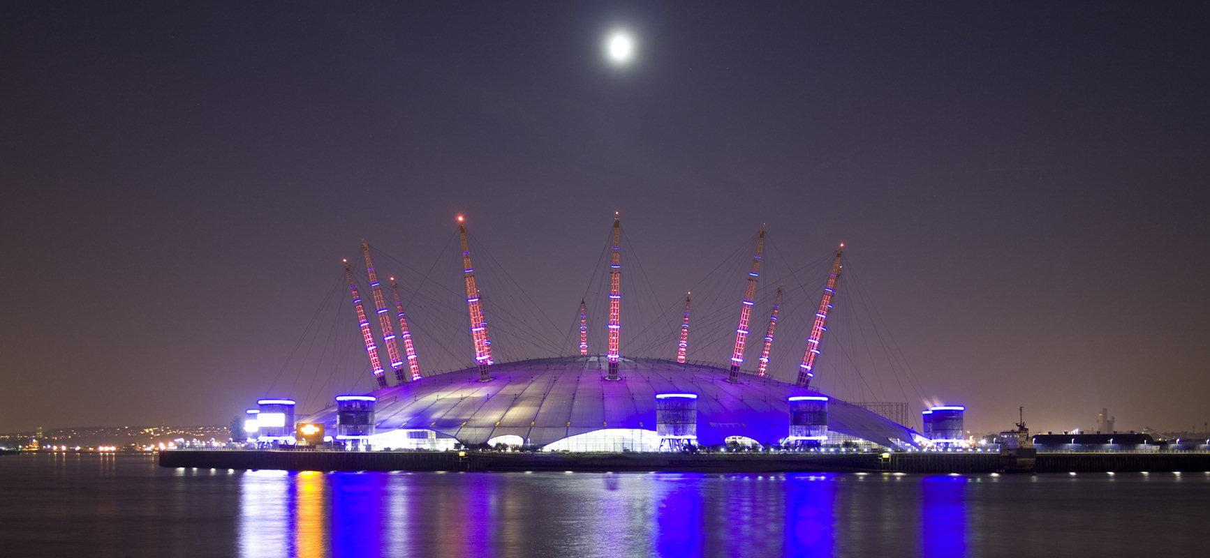 Millennium Dome noaptea