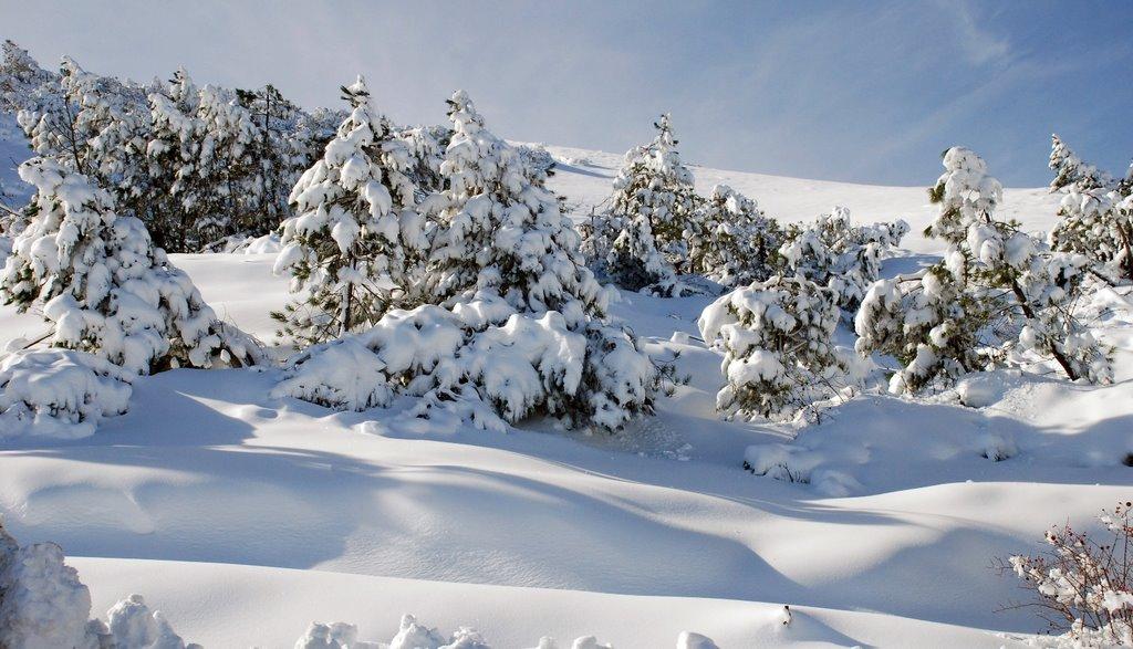 Munţii Gennargentu pe timp de iarnă, Sardinia