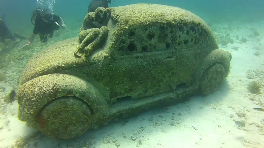 Muzeul Subacvatic din Cancun, un Beetle mai neobișnuit