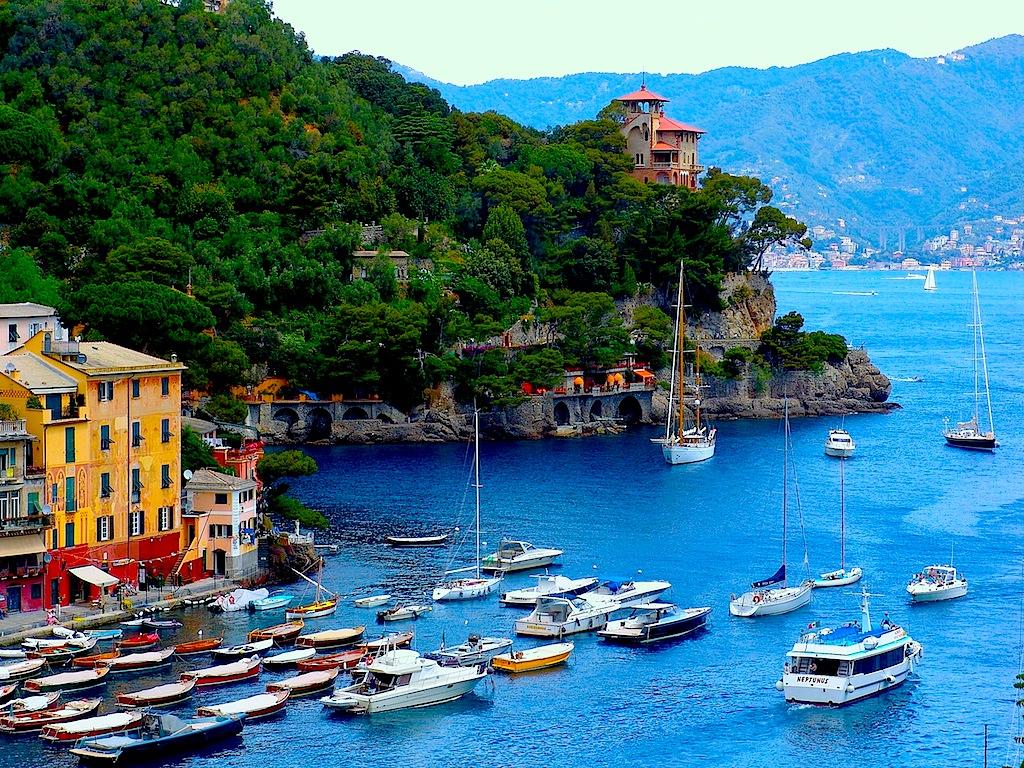 Nu vă lăsați înșelați, nimeni nu fuge din Portofino...