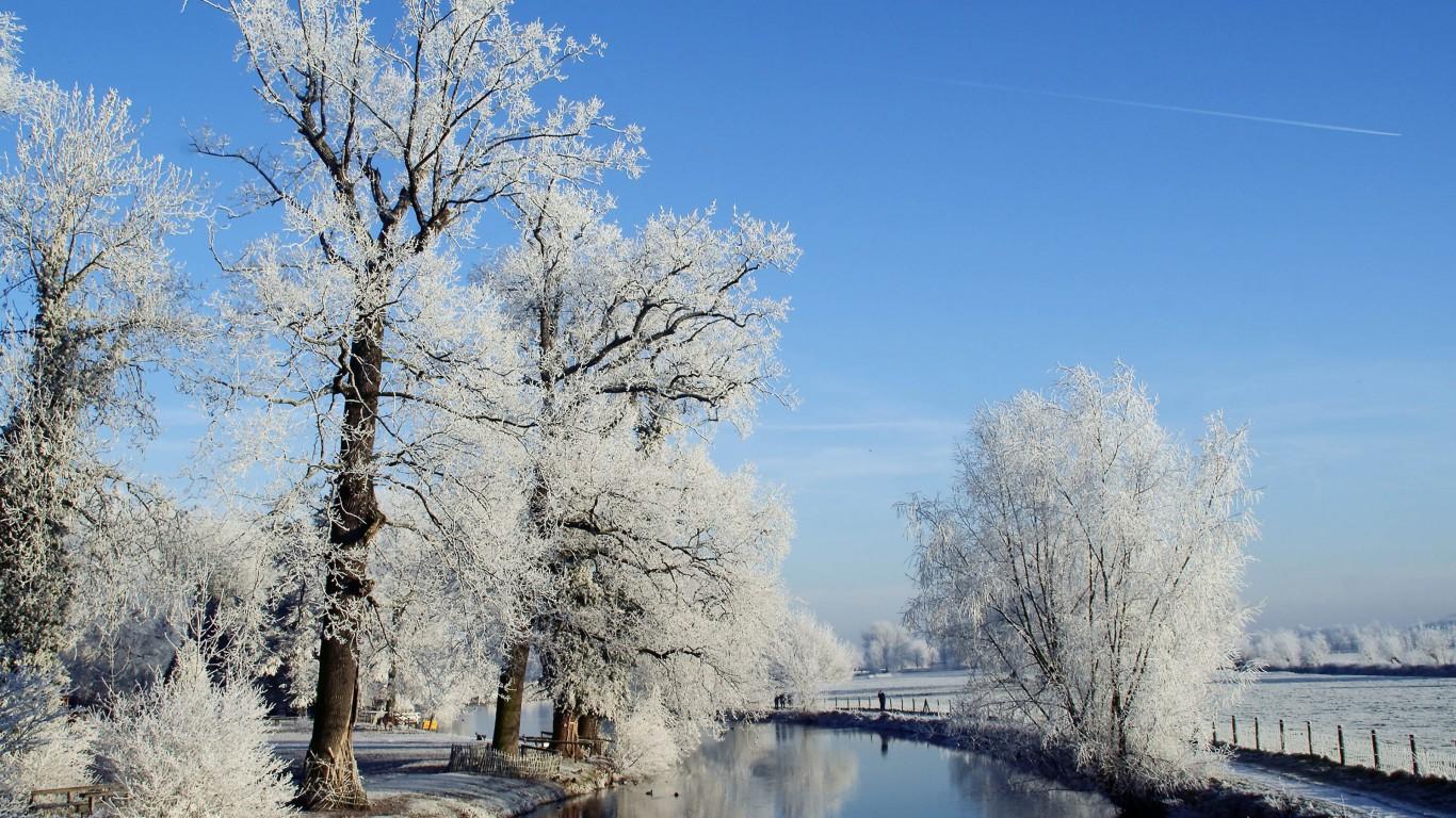 Oraşul Utrecht pe timp de iarnă arată splendid