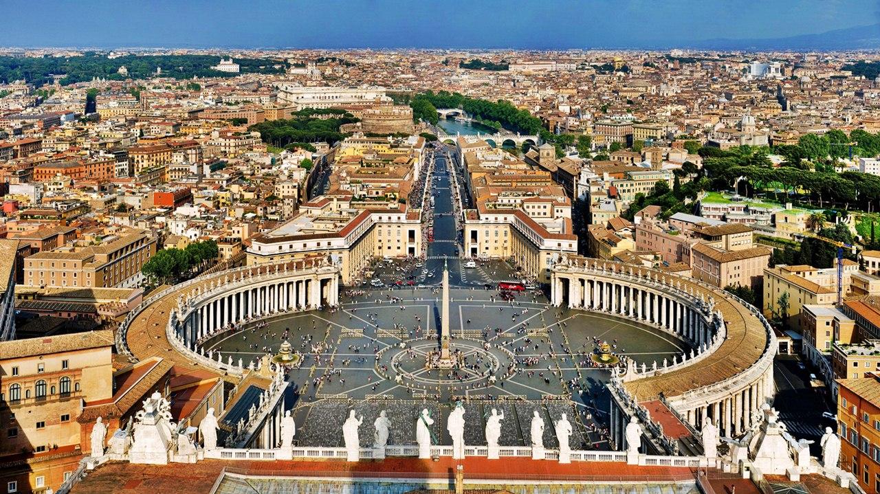 Panorama Vaticanului de pe acoperişul Bisericii Sfântul Petru