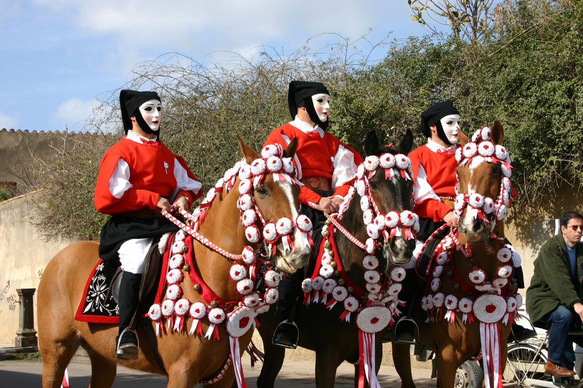 Paradă pe cai, Insula Sardinia