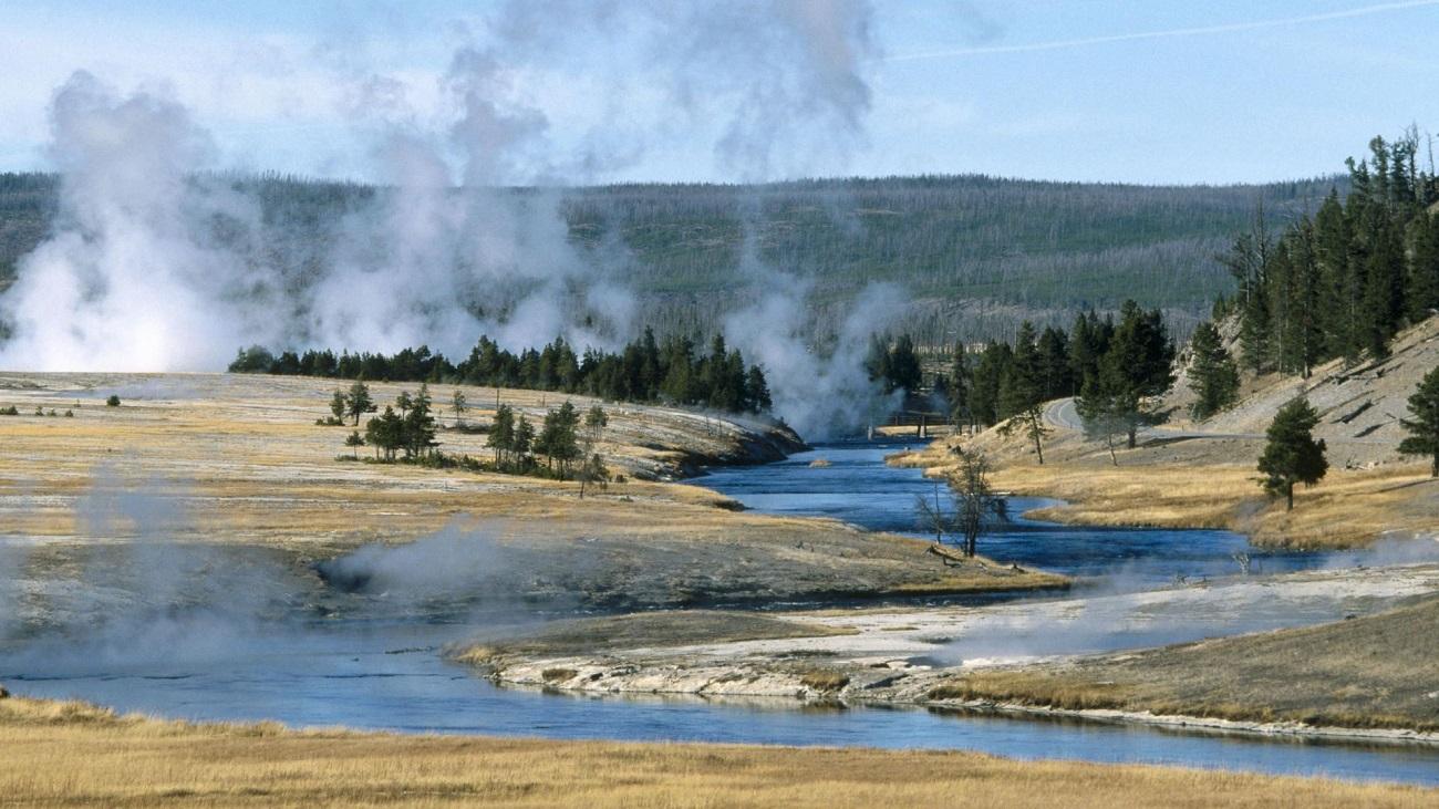 Parcul Naţional Yellowstone, ape termale