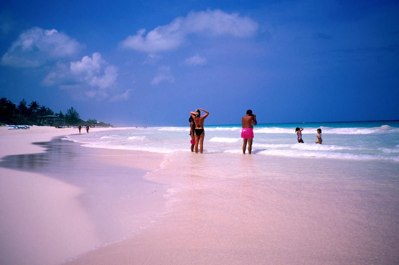 Plajă cu nisipuri roz, Insulele Seychelles