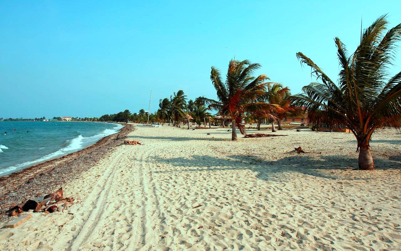 Plajă din Belize, regiunea Placencia