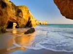 Plaja Tres Irmaos din Portugalia
