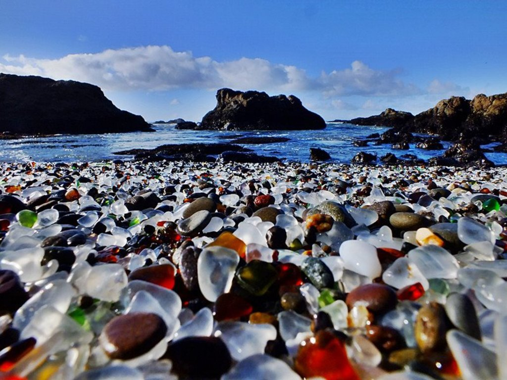 Plaja de sticlă, California