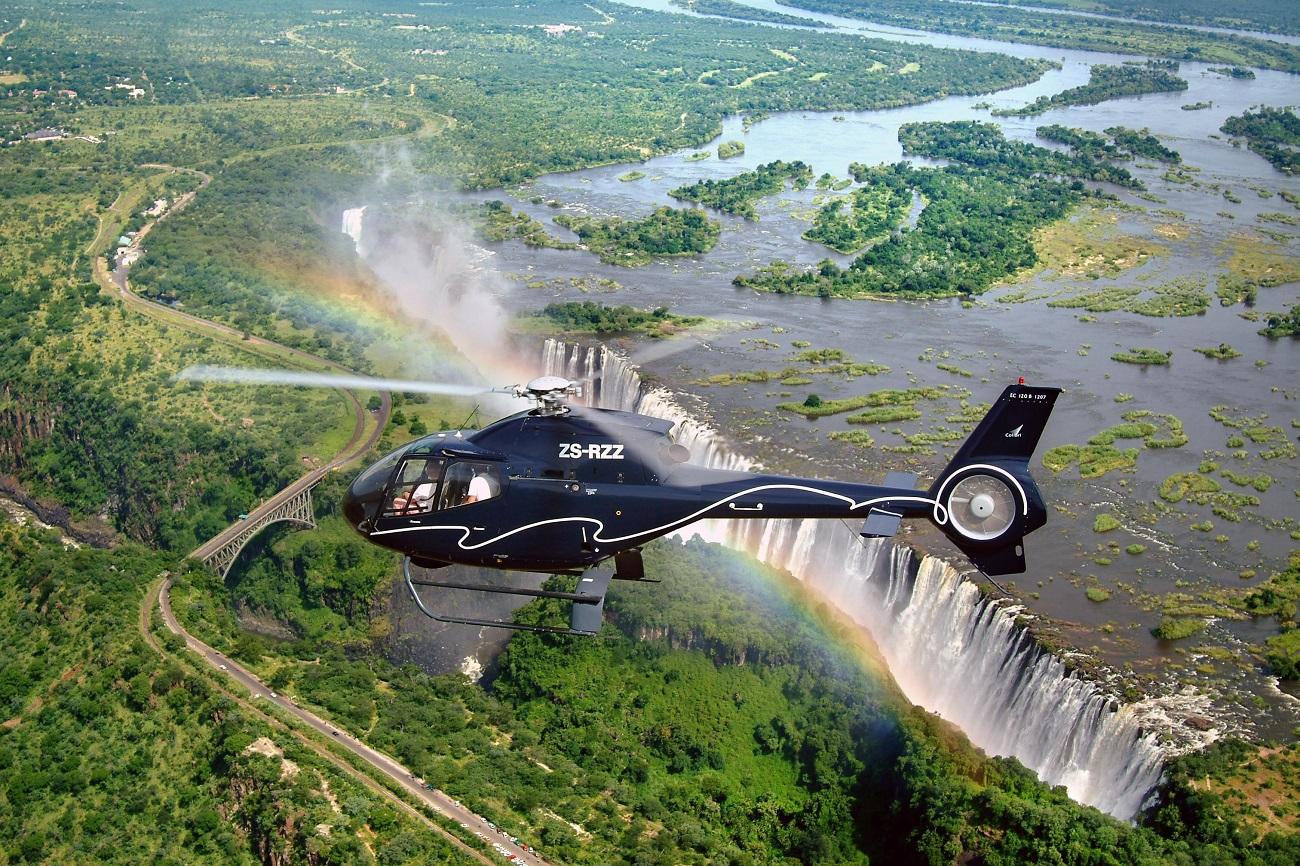 Plimbare cu elicopterul deasupra Cascadei Victoria
