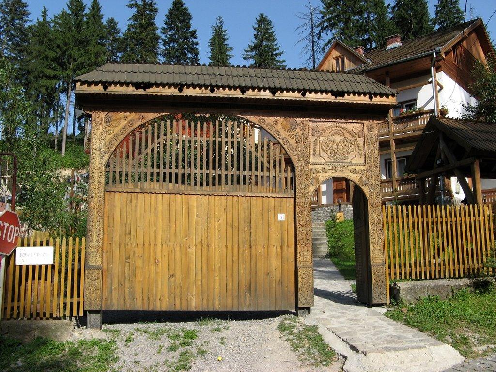 Poarta Hanului Secuiesc din Băile Tușnad