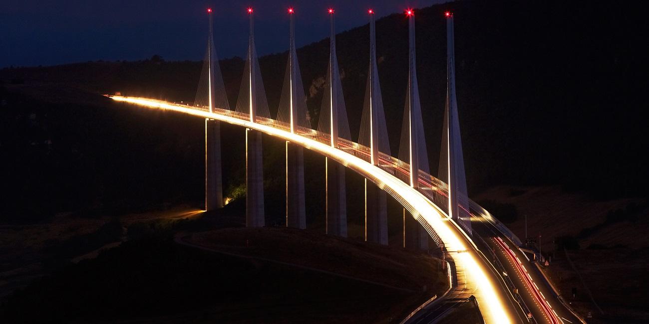 Podul Millau, Franţa pe timpul nopţii