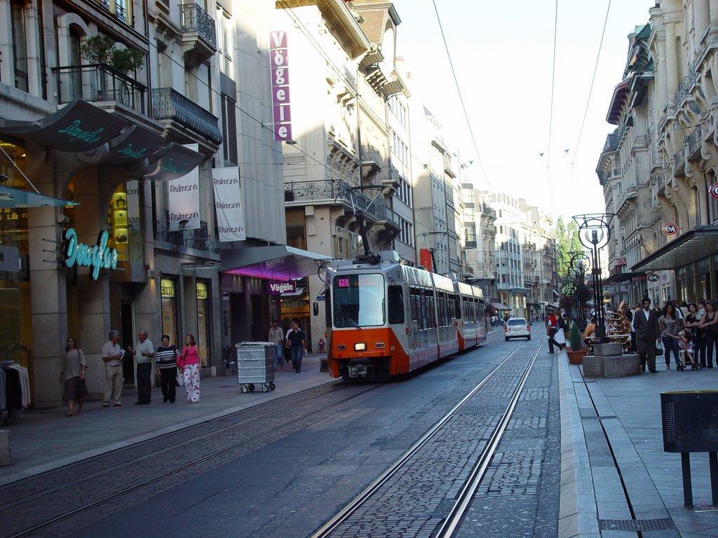 Rue de Marche, strada centrelor comerciale din Geneva