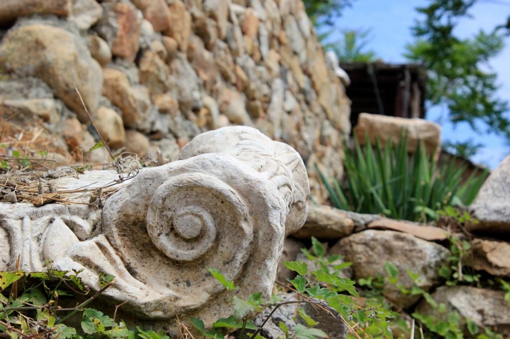 Ruinele și natura fac casă bună în Heraclea Lyncestis