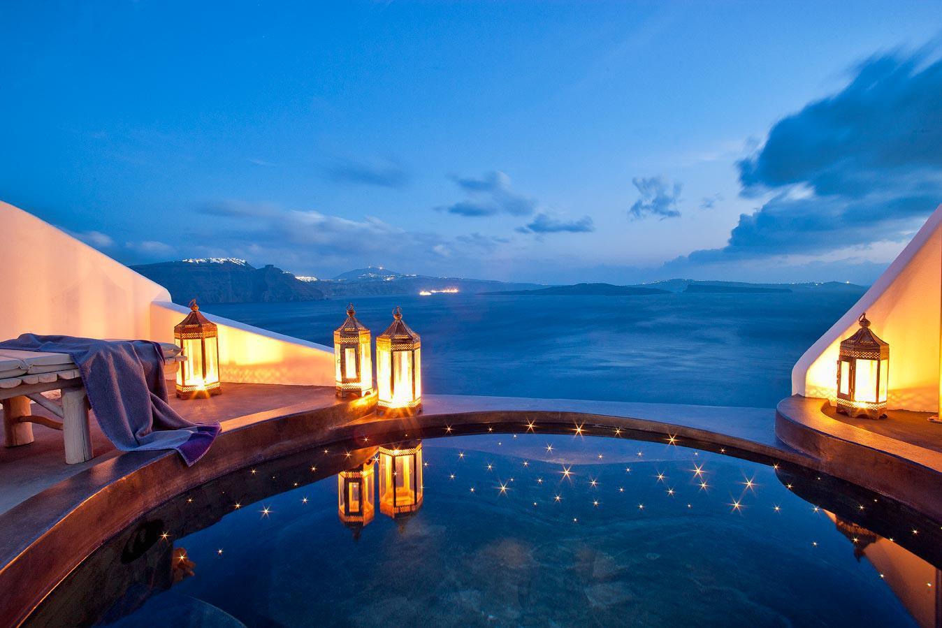 Santorini, se poate mai romantic de atat