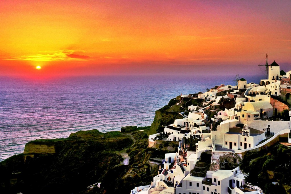 Santorini si faimosul sau apus de soare...in mare