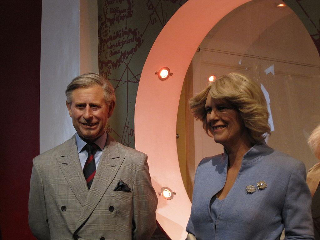 Statuia de ceară a Prinţului Charles şi a Camillei din Muzeul Madame Tussauds