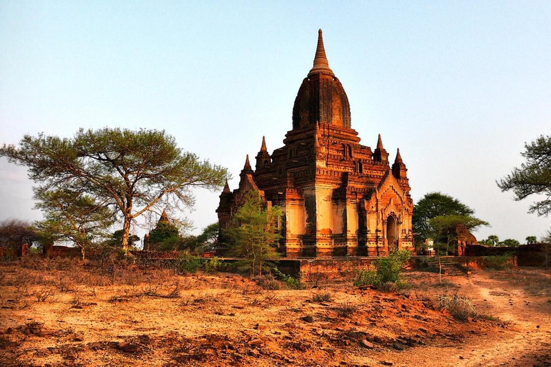 Temple din Oraşul Bagan, Birmania
