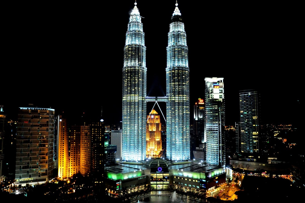 Image result for Turnurile Petronas
