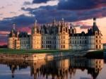 Valea Loirei completează perfect frumuseţea Castelului Chambord